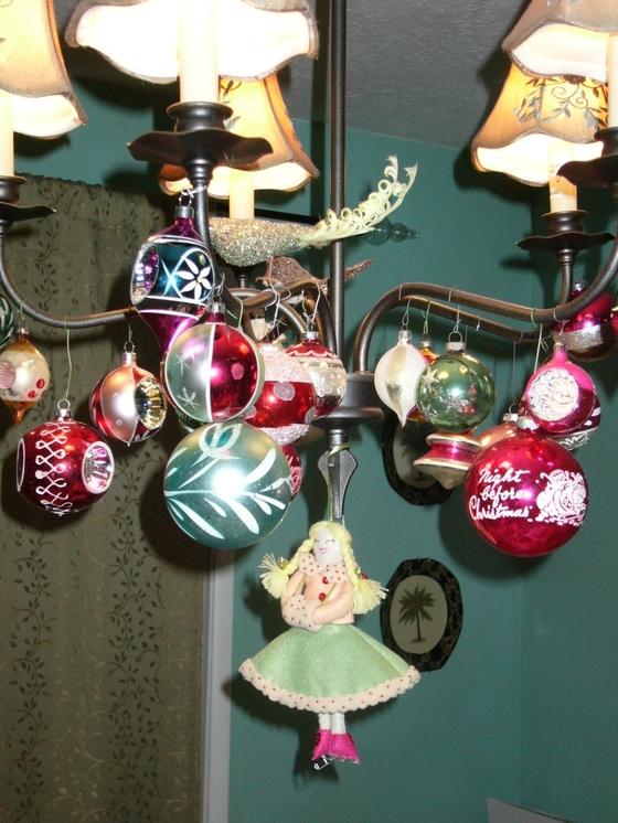 Christmas_chandalier_1